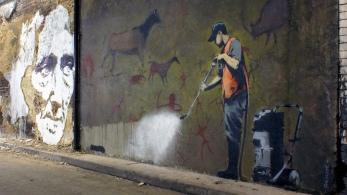 Vhils Banksy