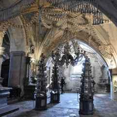 Inside_Sedlec_Ossuary